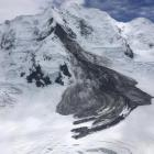 A kilometre long rockfall from Mt Silberhorn onto the Grand Plateau in the Aoraki National Park,...