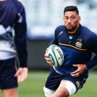 Henry Stowers carries the ball during a Brumbies Super Rugby Trans-Tasman captain's run at GIO...