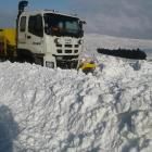 Work goes on to clear snow on State Highway 87. Photo: NZTA/Waka Kotahi