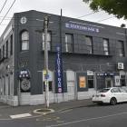 Starters Bar.