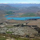 Twizel from the air, with Lake Ruataniwha in the middle distance.