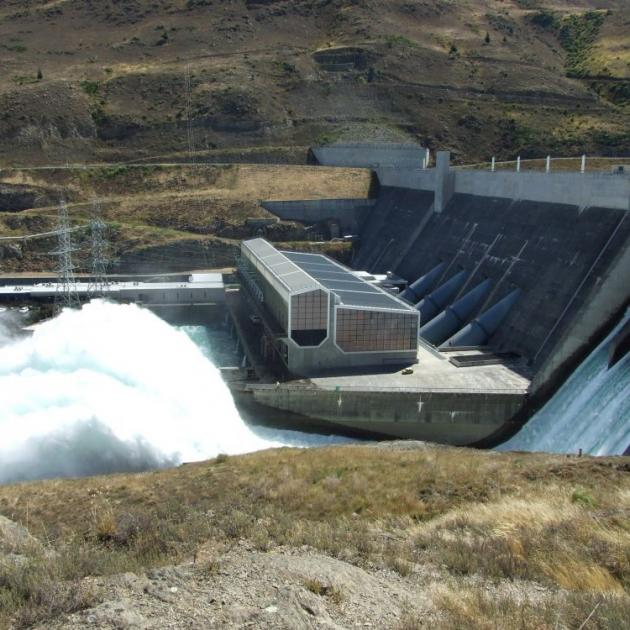 Contact Energy's Clyde dam spilling excess supply. Photo by Lynda van Kempen.