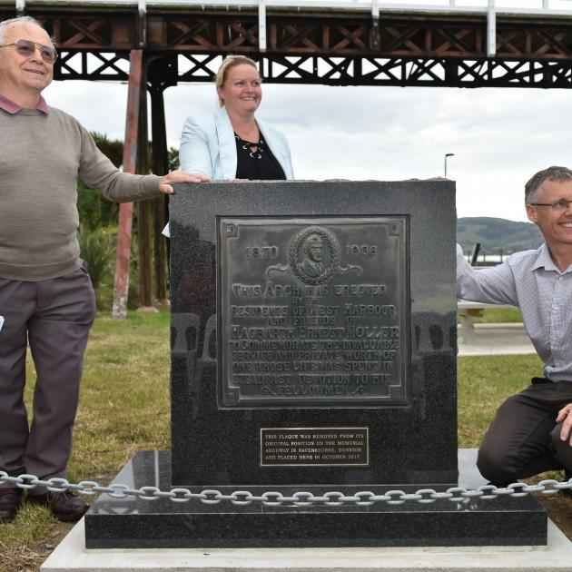 All smiles at the opening of the relocated Moller memorial in Ravensbourne are (from left) former Chalmers Community Board member John Neilson, Dunedin City Council parks and recreation operations manager Jendi Paterson and Ravensdown works manager Tony G