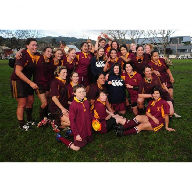 Proud winners of the womens premier final on Saturday. Photo by Craig Baxter.