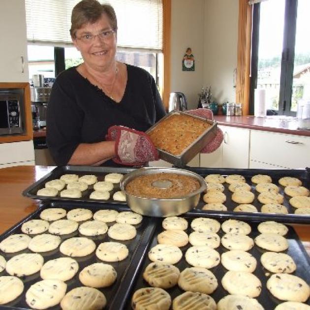 Alsion Fahey of Wanaka proudly displays her award winning baking. Photo by Matthew Haggart.