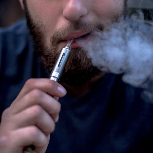 The government has confirmed the sale of nicotine e-cigarettes will be legalised in New Zealand....