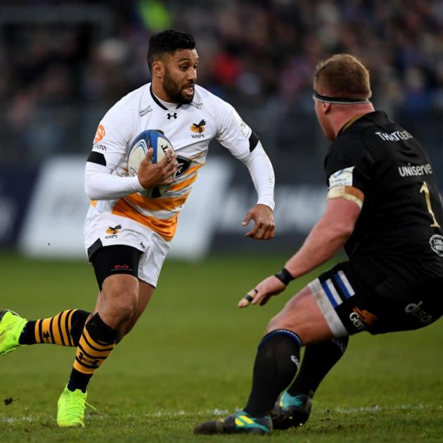 Lima Sopoaga on the run for Wasps this season. Photo: Getty Images