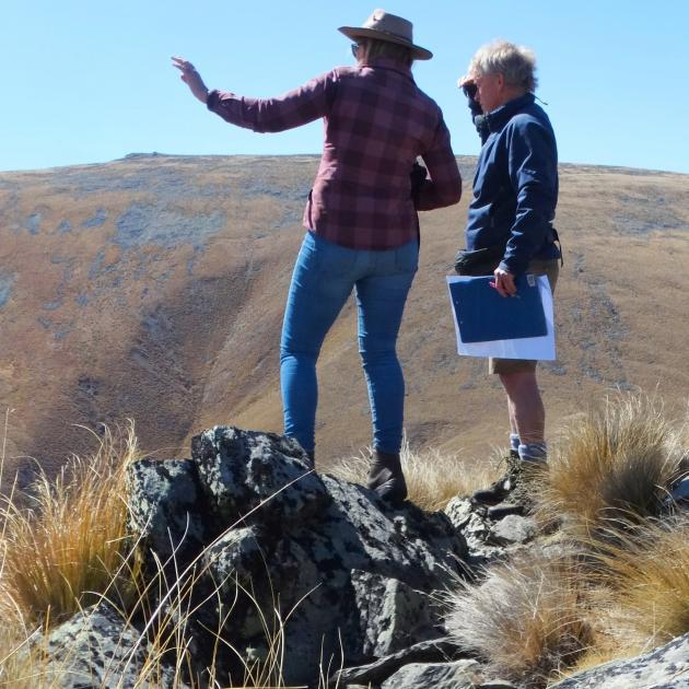 Lindis Pass Conservation Group member Anne Steven and Otago Conservation Board member Rob Wardle...