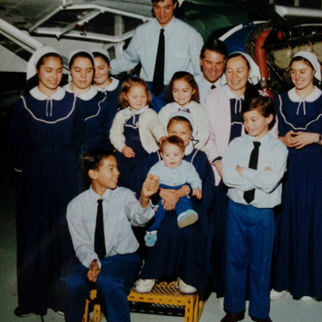 Clem and Sharon Ready with 11 of their 13 children. Photo: Supplied