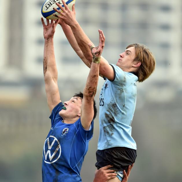 A lineout contest during the King's High School and Southland Boys' High School first XV...