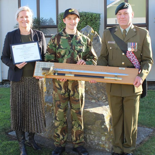 Course Patron, Synlait director legal, risk and governance Deborah Marris, and Warrant Officer...