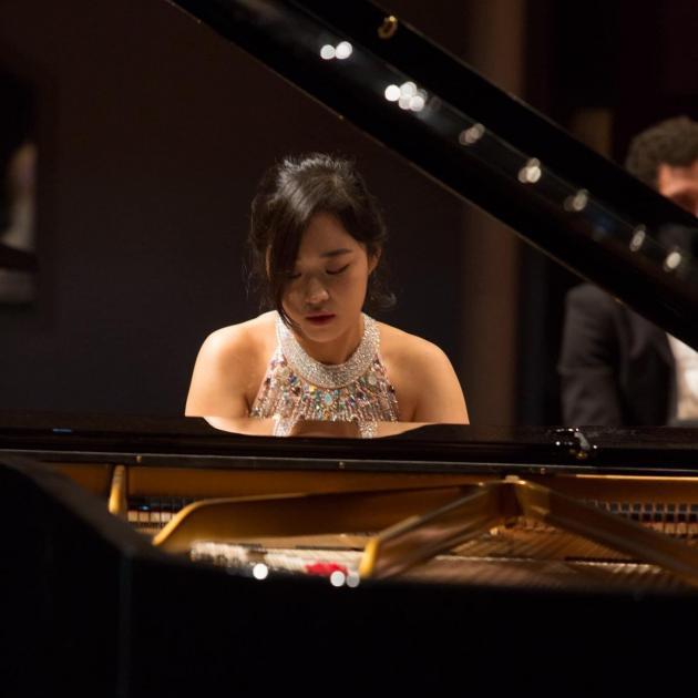 University of Otago music graduate Sara Lee has won the professional pianist category of the 2021...