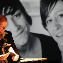 German flipbook artist Volker Gerling with his travelling exhibition of flipbooks. Photo by Susanne Schule.