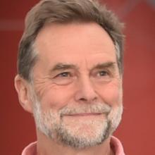 Clive Humphreys