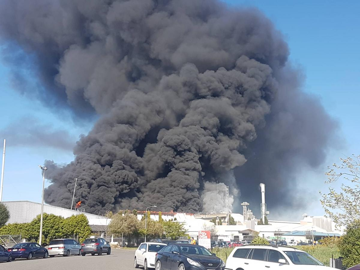 'Like a war zone': Massive blaze at fertiliser facility