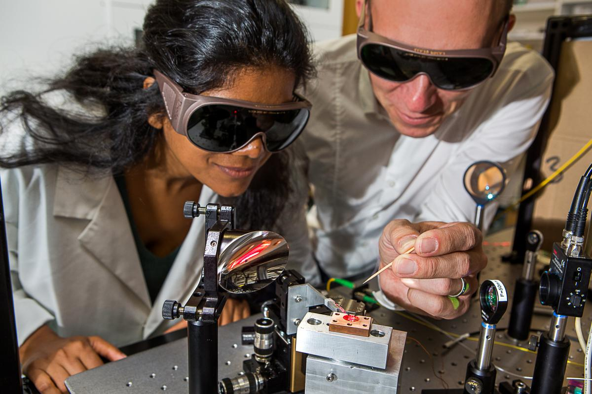 Otago Uni research could change the internet with crystals