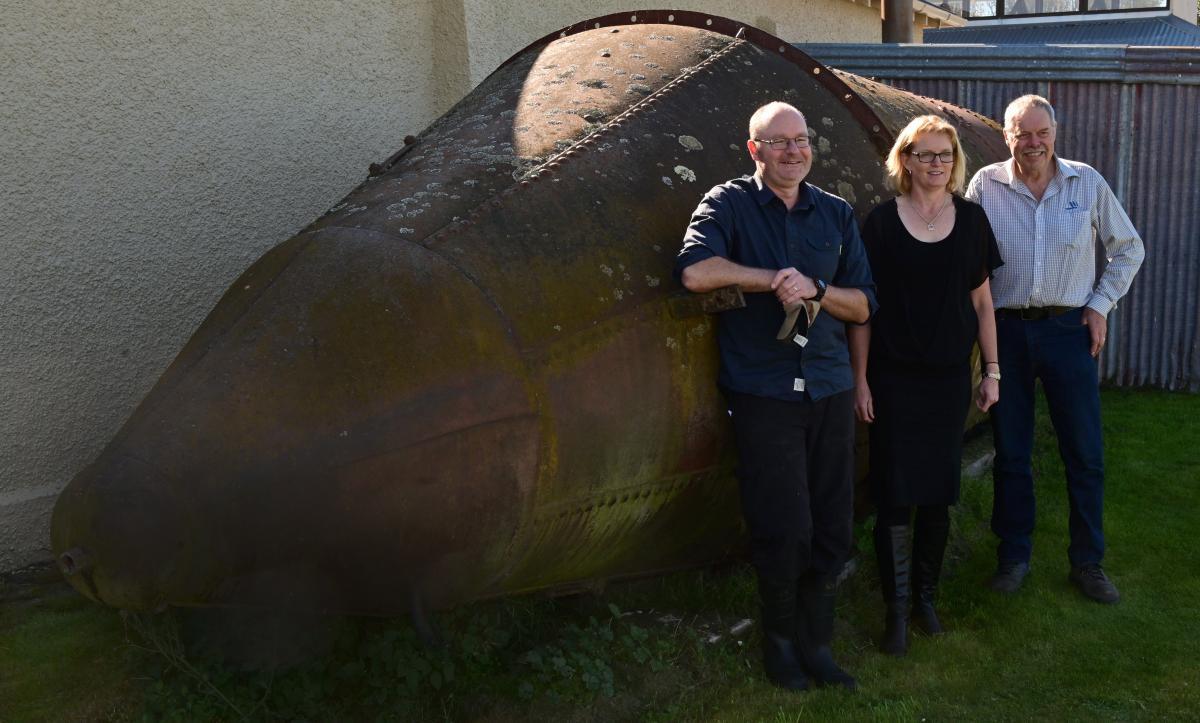 Support to preserve platypus submarine