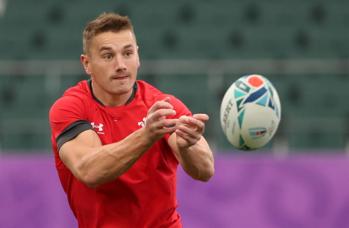 Key trio back to boost Wales