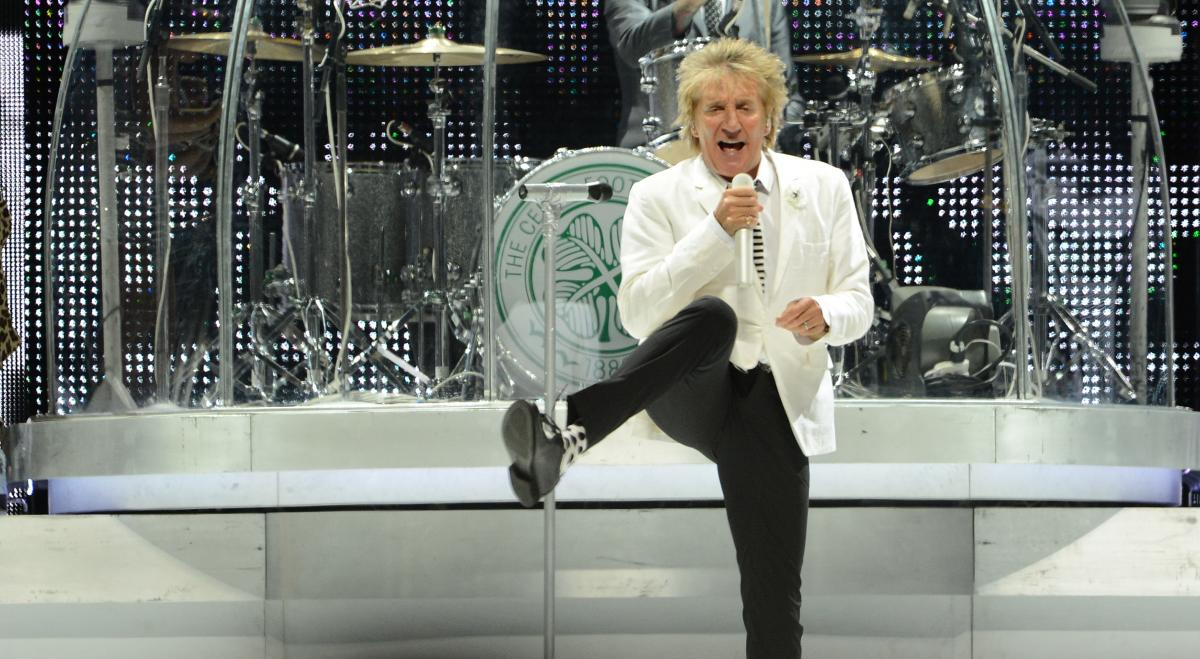 Rod Stewart coming to Dunedin