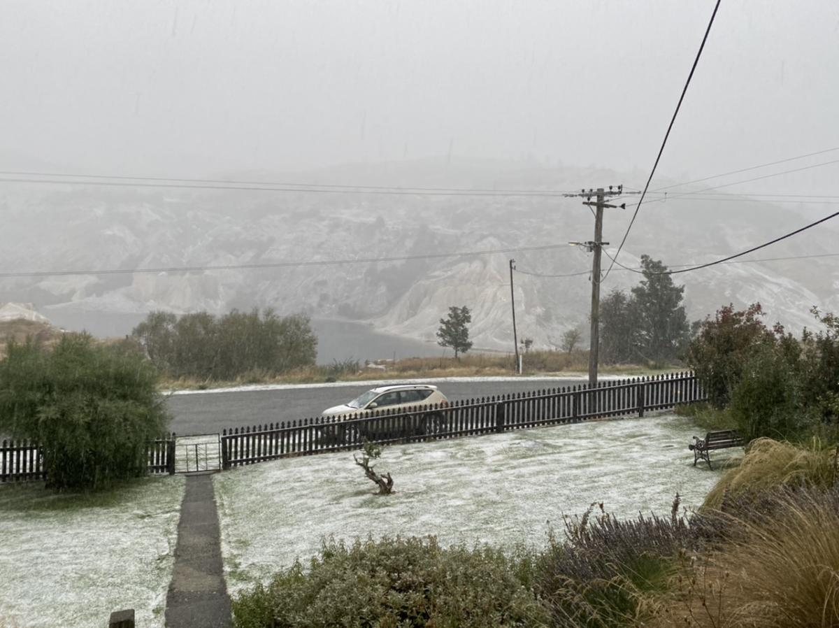 Snow settles in Maniototo