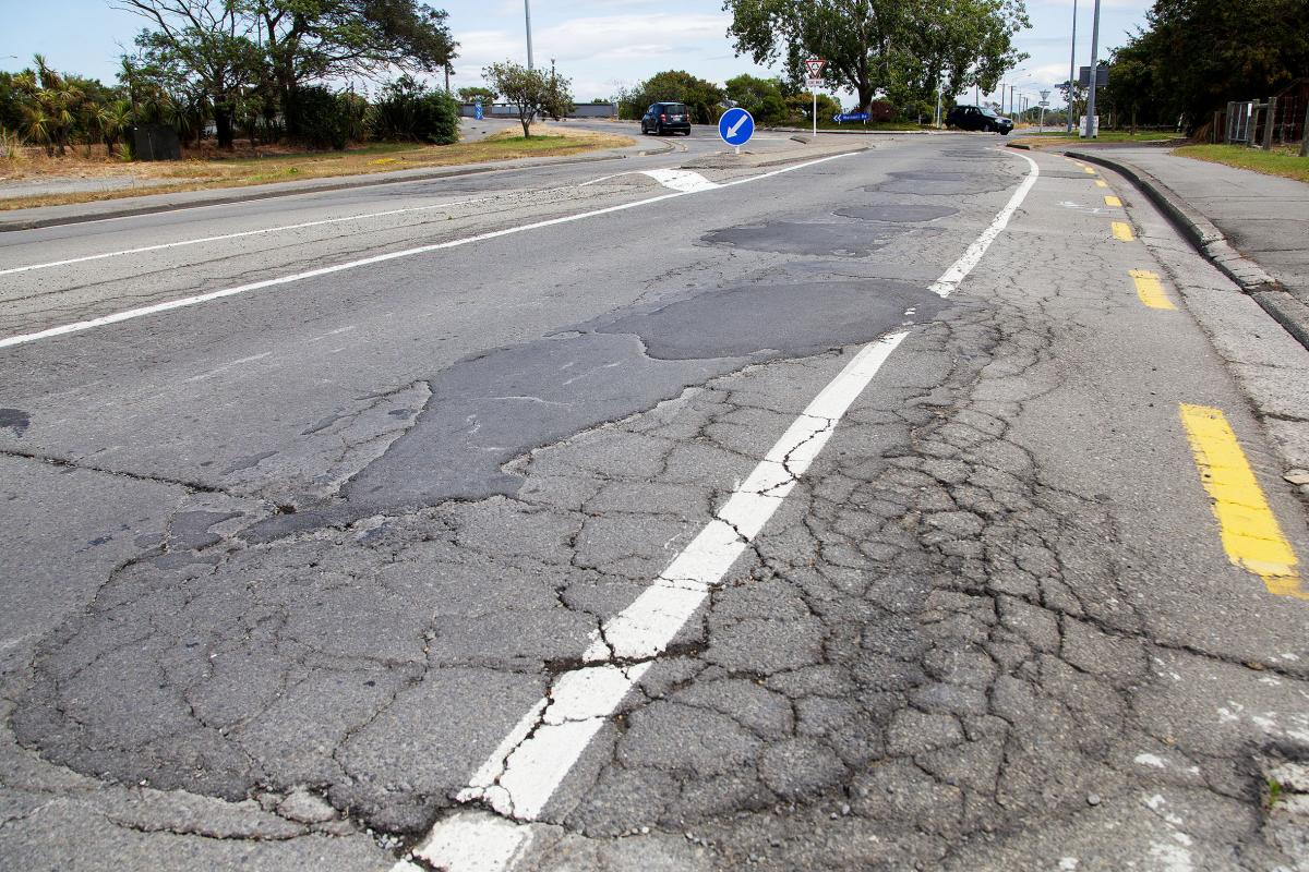 Fixing roads leading to beachside suburb a priority