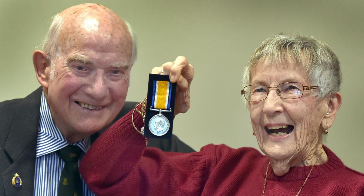 Long-missing medal returned to family