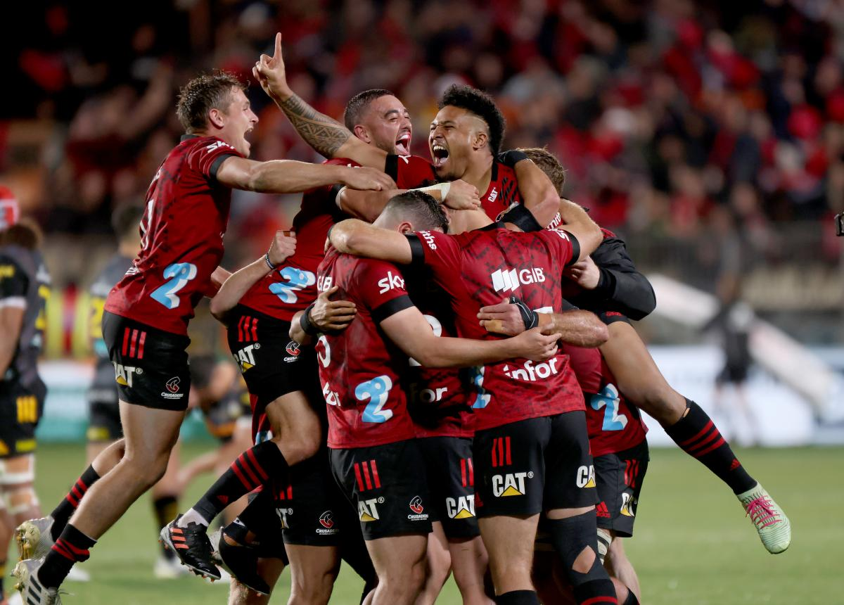Crusaders clinch fifth straight Super Rugby title