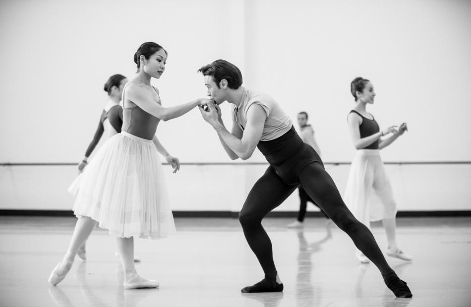 Mayu Tanigaito and Daniel Gaudiello rehearse as Giselle and Count Albrecht.