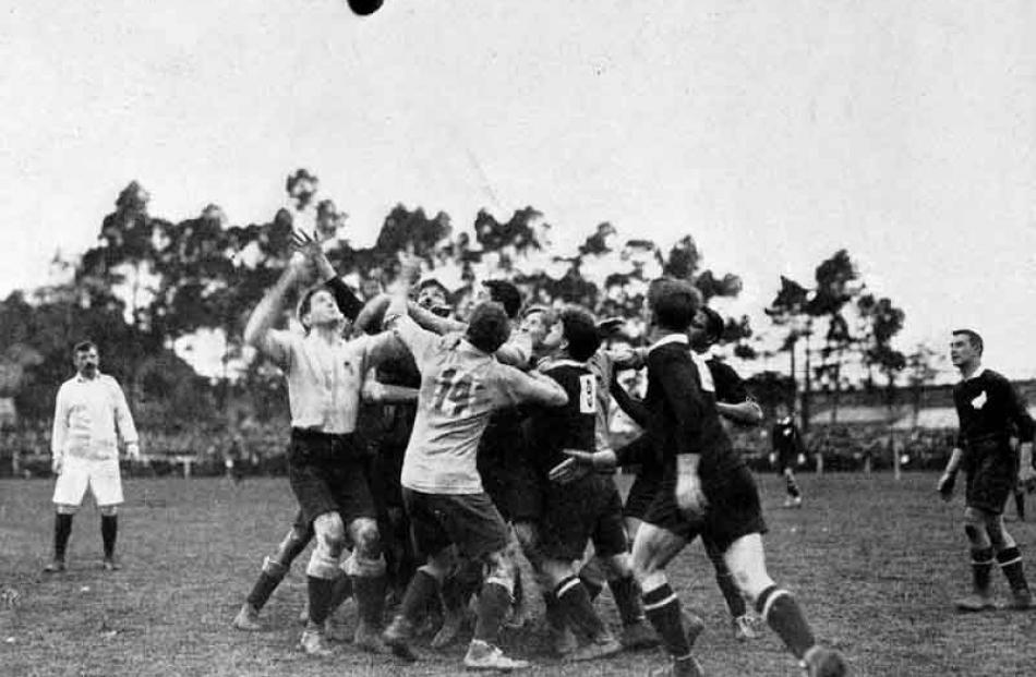 1913: Australia v New Zealand.