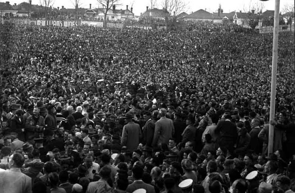 1956: All Balcks v South Africa.