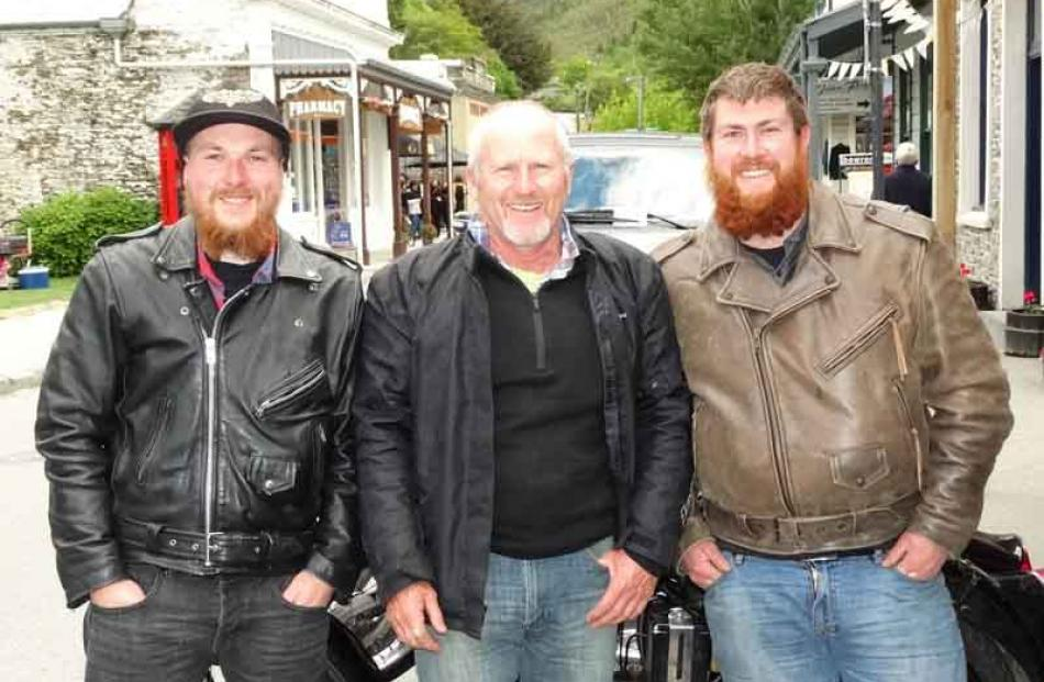 Regan Lyons, of Invercargill, Steve Lee, of Tussock Creek, and Casey Lyons, of Invercargill.