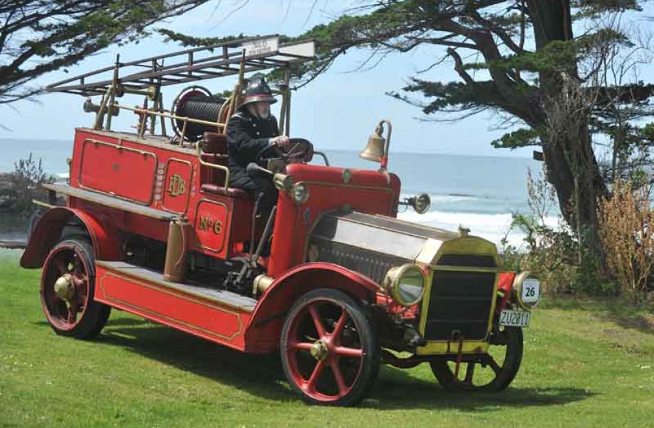 Dunedin to Brighton Veteran Car Rally | Otago Daily Times Online News