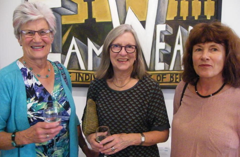 Esther McKay, Jan Bean and Janice Wilson, all of Alexandra.