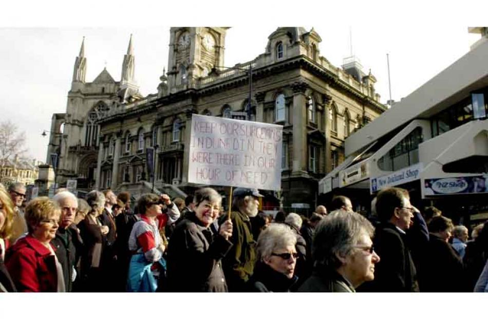 A crowd of about 10,000 was estimated to have attended the protest. Photo by Jane Dawber.