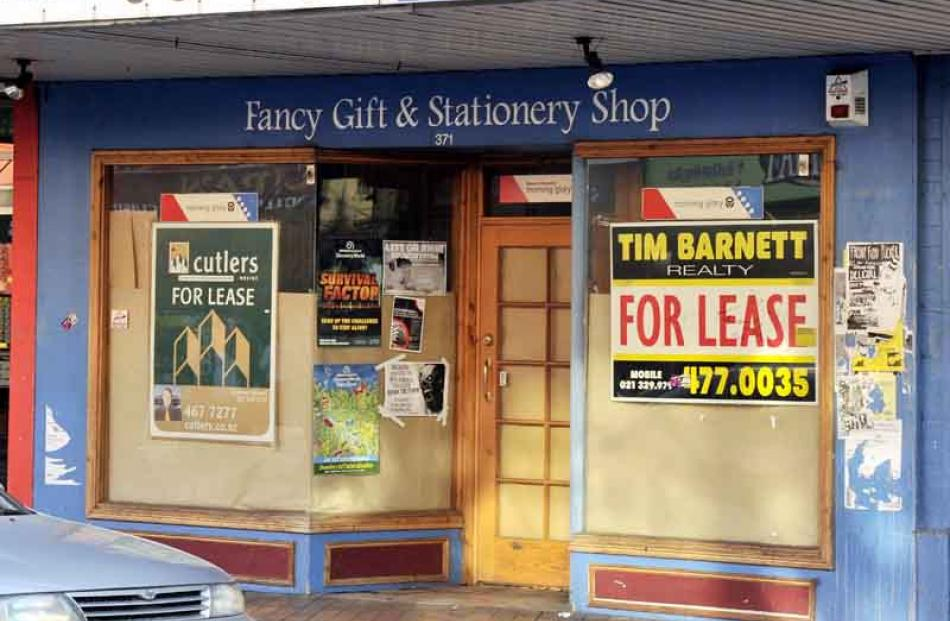 Former Morning Glory store, George St: for lease.