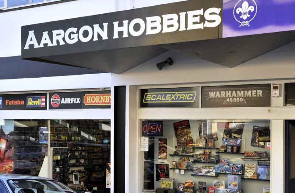 Aargon Hobbies, Filleul St: opened.