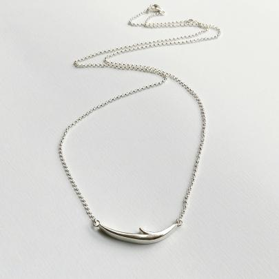 Long thorn necklace