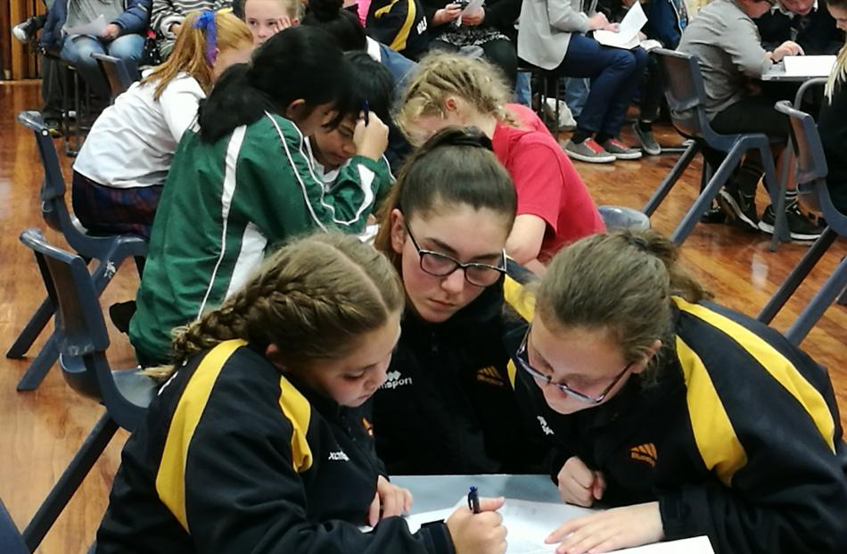 Big wins spell good news for school quiz teams   Otago Daily Times