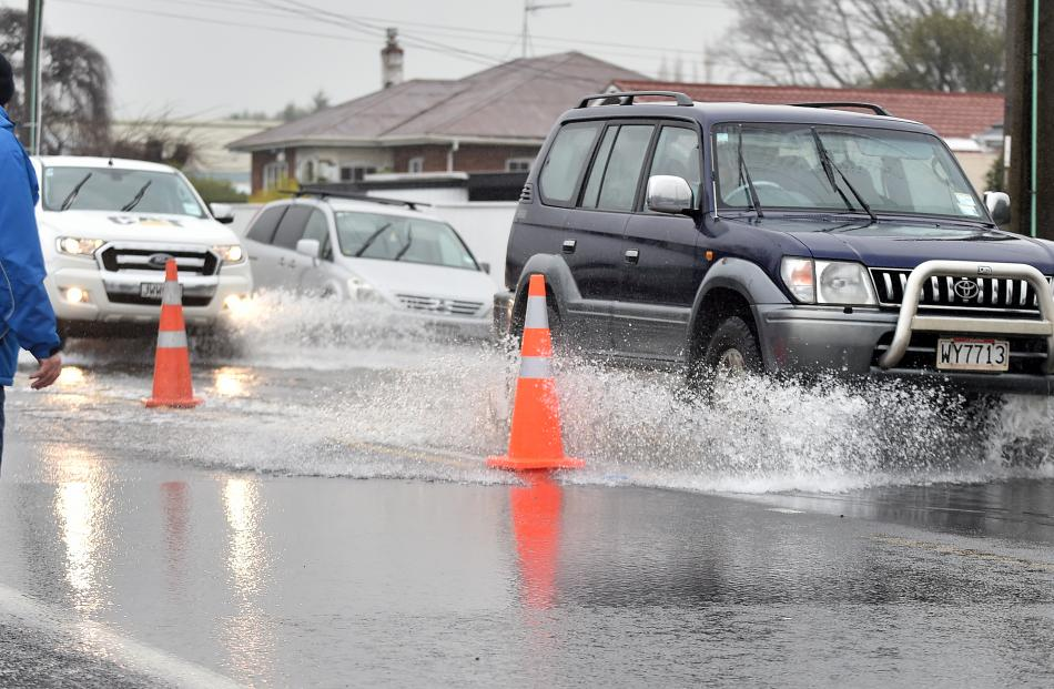 Flooding in Dunedin. Photo: Peter McIntosh