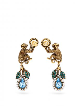 Gucci earrings @matchesfashion.com