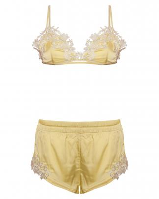 MISSGUIDED Shorts-Set $40.95