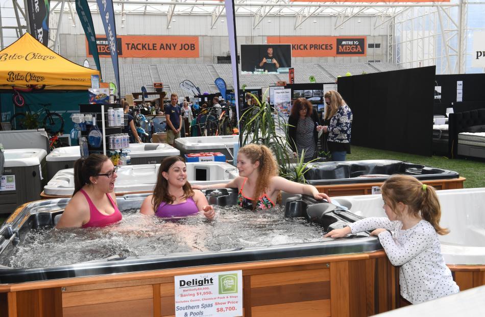 Isabelle McCormick (6), of Dunedin, looks on in envy as (from left) Kirsten Pram, Natasha Smith...