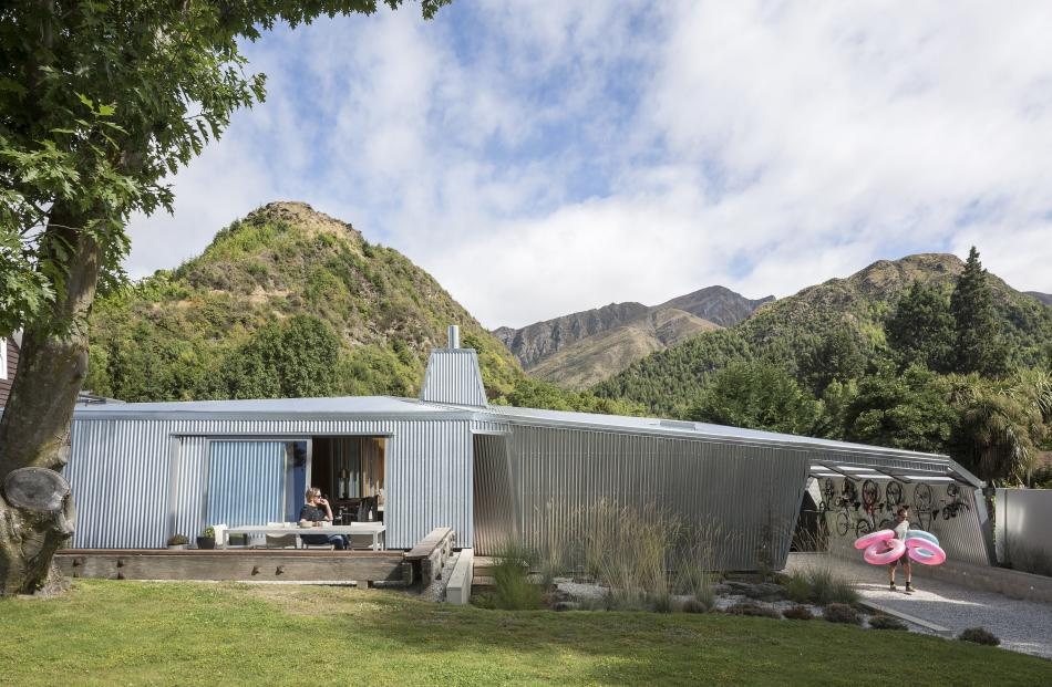 The Hamilton family home in Arrowtown won a housing award at the 2017 New Zealand Architecture...
