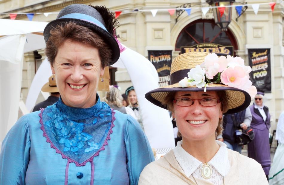 Alena Lynch and Jo Cunningham, both of Oamaru.