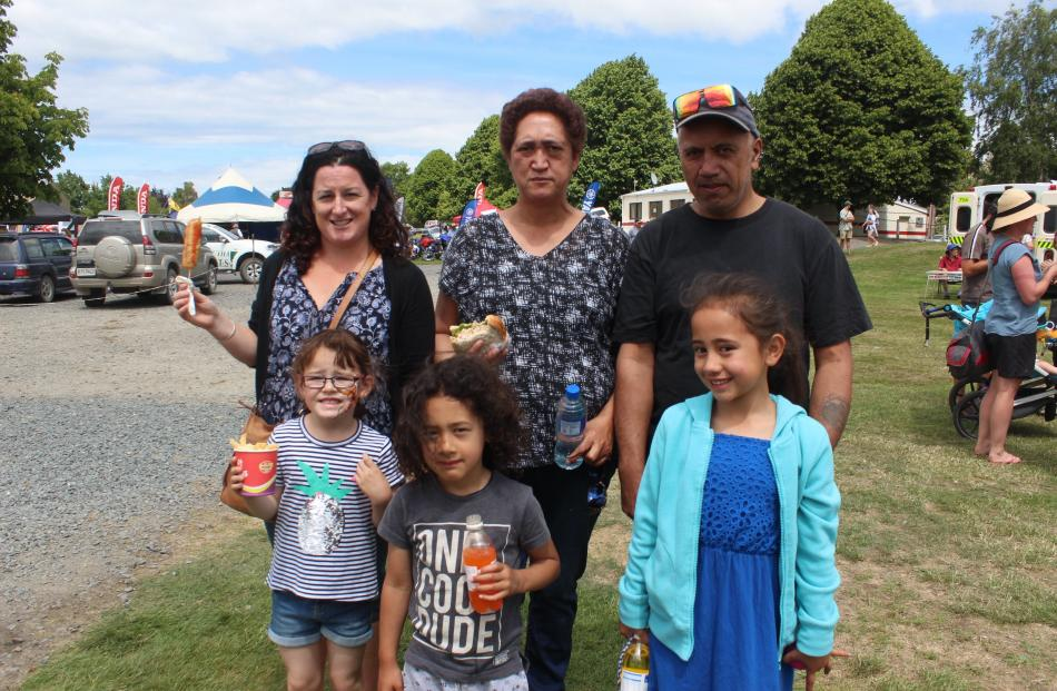 Stacey Lyall, Rowena Henry, William Ohuka with Emma Lyall (5, front), Tane (4) and Awhina (6) Wanahi, all of Balclutha.