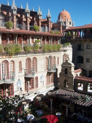 The Spanish courtyard.