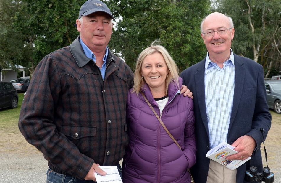 Bob Perriam and Nic Adlam both of Lowburn and Murray Acklin of Dunedin.