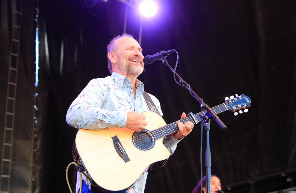 Colin Hay treated the crowd to some Aussie classics.