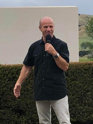 Randy Mamola recalls another story at a lunch in Martinborough last weekend. Photos: Supplied