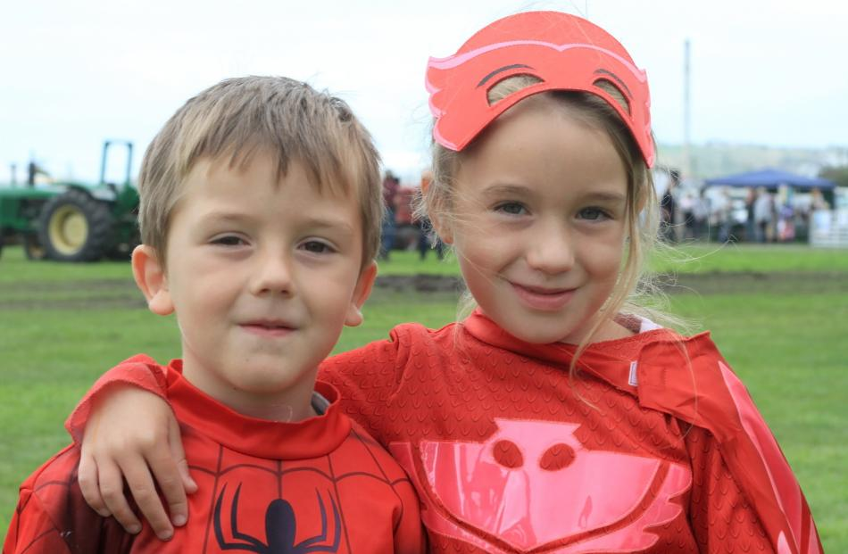 Braxdyn (5) and Alivia (6) Porter, of Oamaru.